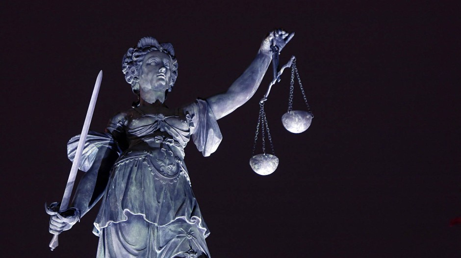 Das Urteil: Drei Jahre Haft wegen fahrlässiger Tötung für die Anästhesistin. (Symbolbild)