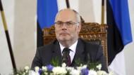 Alar Karis spricht in Tallinn nach seiner Wahl zum Präsidenten am 31. August 2021 zu Journalisten.