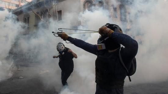 Heftige Straßenschlachten in Santiago