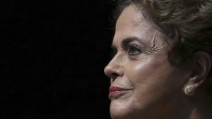 Senat stimmt über Rousseffs Suspendierung ab