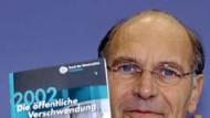 """""""Wo Eichel sparen kann"""": Karl Heinz Däke (Bund der Steuerzahler) im F.A.Z. Business-Radio"""