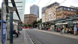 Busfahrer bei DB-Regio im Warnstreik