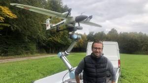 Autonom über Gleise fliegen