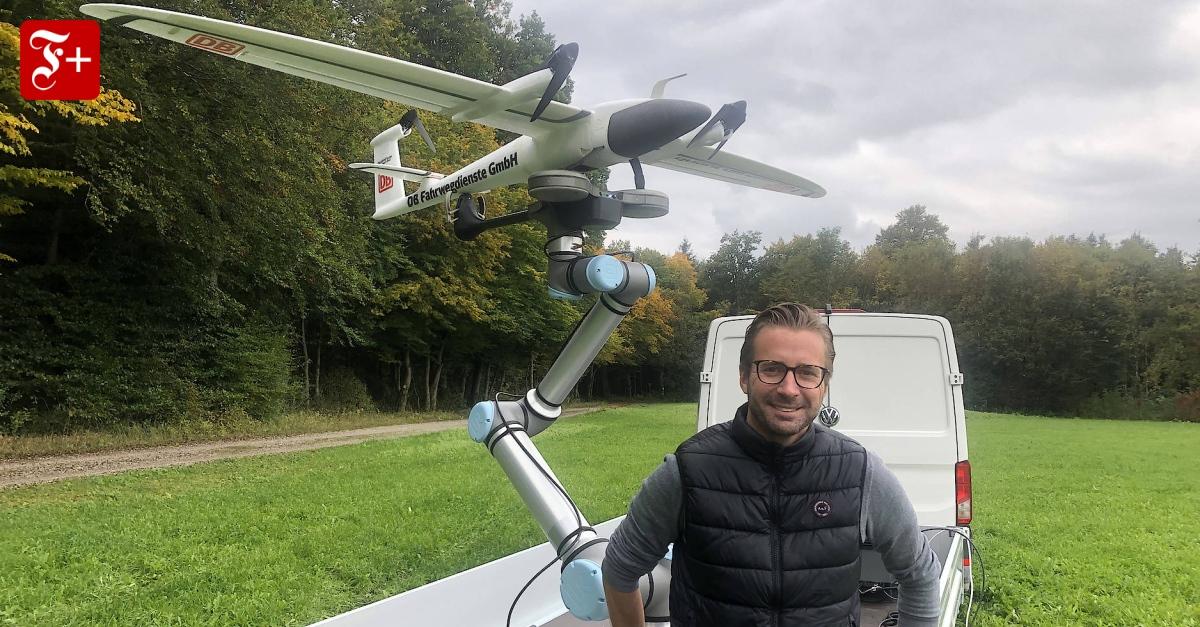 Mit-Drohnen-autonom-ber-Gleise-fliegen
