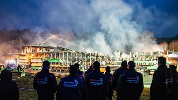 Schreinerei in Osthessen abgebrannt