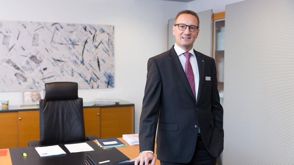 Neuer Vorsitzender des Vorstandes: Dr. Sascha Ahnert