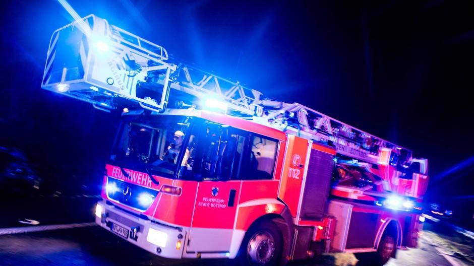 80.000 Euro Schaden: In Mühltahl brauch ein Feuer in einem Wohnzimmer aus. (Symbolbild)