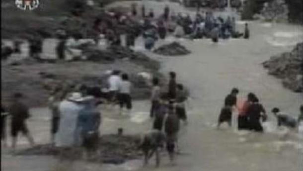 Brief Nach Nordkorea : Überschwemmung nordkorea bittet nach flutkatastrophe um