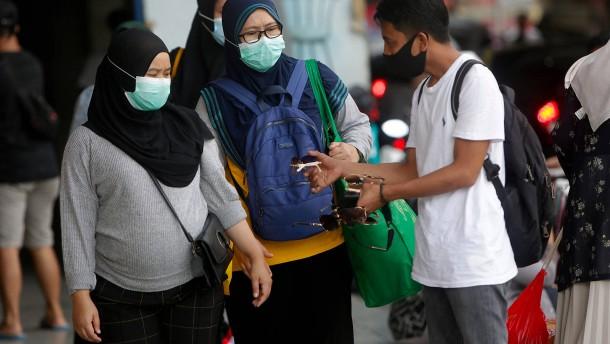 Jakarta verschärft Corona-Beschränkungen