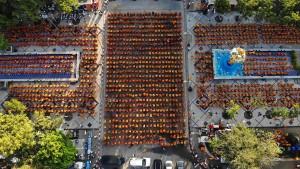 10.000 Mönche in Thailand trauern um Opfer