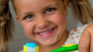 Richtige Zahnpflege von klein auf: Deutschlands Kinder sind führend in der Mundgesundheit.