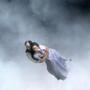 Der Krieg ist allgegenwärtig in diesem Film: Zwei Liebende schweben über den Ruinen Kölns.