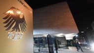 Nicht der einzige Arbeitsplatz vieler Bundesrichter: der Bundesgerichtshof in Karlsruhe