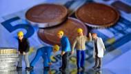 """Verfälschte Zahlen zum Mindeslohn? Massive Zweifel an der """"Studie"""" der Hans-Böckler-Stiftung"""