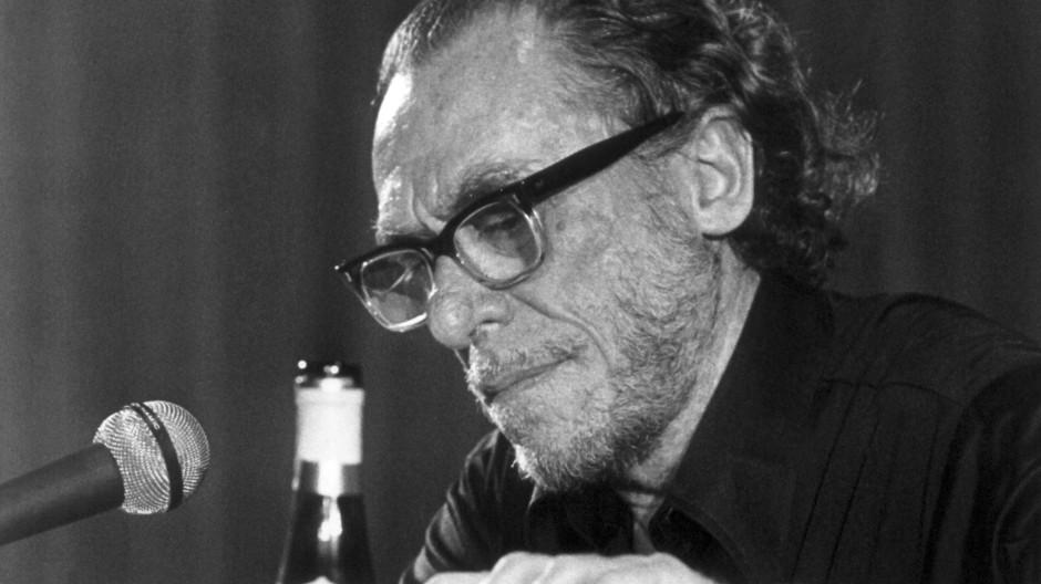 Charles Bukowski kultivierte sein Säufer-Image.