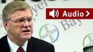 """""""800 Millionen Euro verloren"""": Bayer-Chef Wenning im F.A.Z. Business-Radio"""