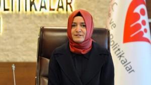 Türkische Ministerin soll in den Niederlanden gestoppt worden sein