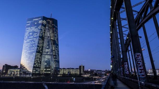 Eine neue Rolle für die EZB