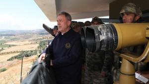 Erdogan droht mit einem Einmarsch in Nordsyrien