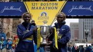 Kenianer dominieren beim Boston-Marathon