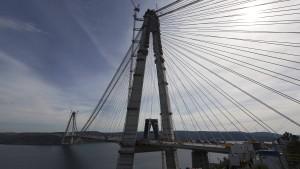 Brooklyn Bridge über den Bosporus