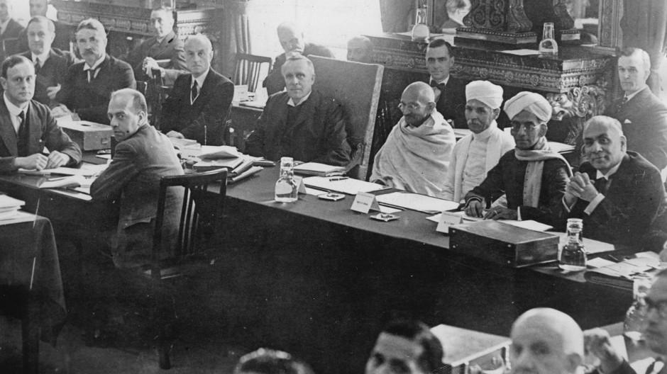 Runder Tisch in London: Bei der zweiten Indien-Konferenz im September 1931 war auch Mahatma Gandhi unter den indischen Teilnehmern.