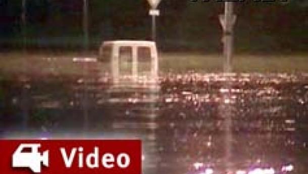 Mindestens 20 Flutopfer in Frankreich
