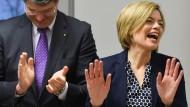 Enttäuschung weglächeln: Spitzenkandidatin Klöckner am Tag nach der Wahl im März.