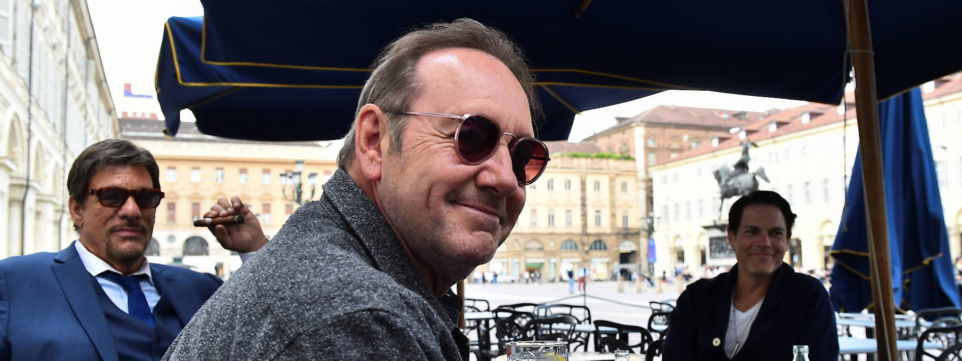 Kevin Spacey gibt Comeback bei Dreharbeiten in Italien