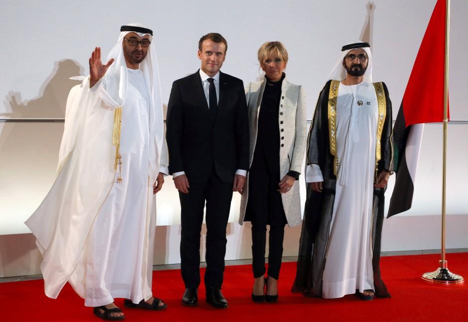 Ehrengäste zur Eröffnung: Frankreichs Präsident Emmanuel Macron mit Ehefrau Brigitte