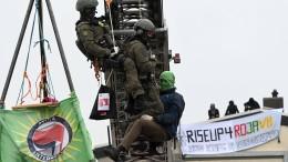 Prokurdische Aktivisten blockieren Rüstungsunternehmen