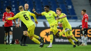 Hannover 96 blamiert sich gegen Tabellenletzten
