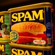 """""""Spam"""" steht in seiner ursprünglichen Bedeutung nicht für zweifelhafte Massen-E-Mails, sondern für Konservenfleisch."""