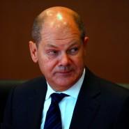 Skeptischer Blick: So beobachtet Finanzminister Olaf Scholz sicher auch die neusten Entwicklungen an der Börse.