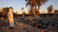 Trümmer eines angeblichen IS-Ausbildungslagers in Libyen, das bei einem amerikanischen Luftschlag im Februar zerstört worden sein soll.