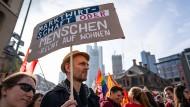 Unmut in der Bevölkerung: Protest für bezahlbaren Wohnraum in Frankfurt