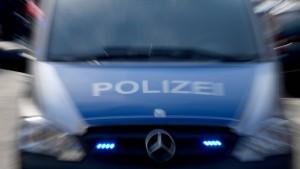 Frankfurter Polizei jagt Brandstifter