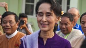 Aung San Suu Kyi für Kabinettsposten nominiert