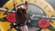 Die Fans mochten gar nicht mehr daran glauben: Guns N' Roses feiert nach 23 Jahren ein Comeback in Fast-Originalbesetzung.