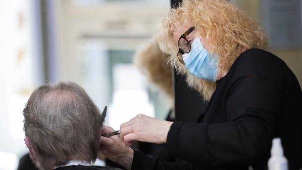Die Friseure öffnen wieder