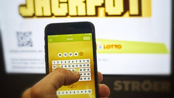 Lotto-Spieler aus Baden-Württemberg gewinnt 63 Millionen Euro