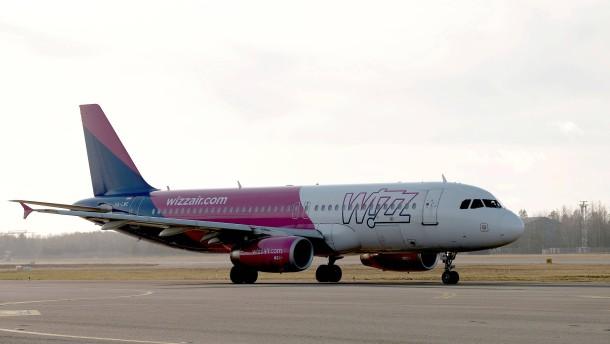 Wettbewerbszentrale verklagt Wizz Air