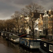 873.200 Einwohner zählt Amsterdam Ende November. Damit leben so viele Menschen in der Metropole wie noch nie.