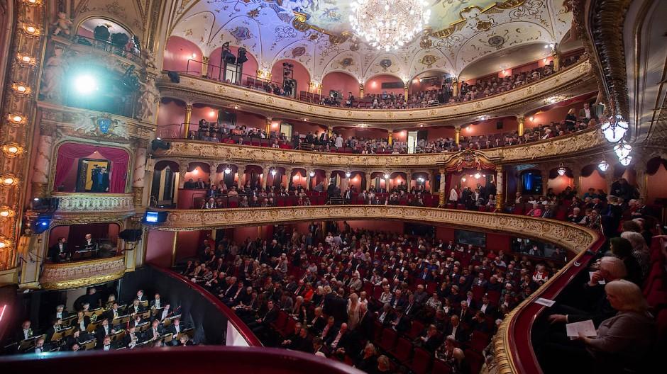 Wird bei der Premiere am 19. Januar wohl ausverkauft sein: das große Haus im Staatstheater Wiesbaden