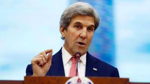 """Kerry nennt Trumps Äußerungen über Merkel """"unangebracht"""""""
