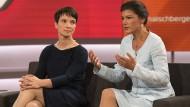 Frauke Petry (links) und Sahra Wagenknecht (rechts)