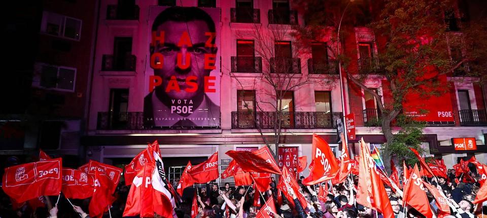 Wahl In Spanien Sozialisten Siegen Ohne Eigene Mehrheit