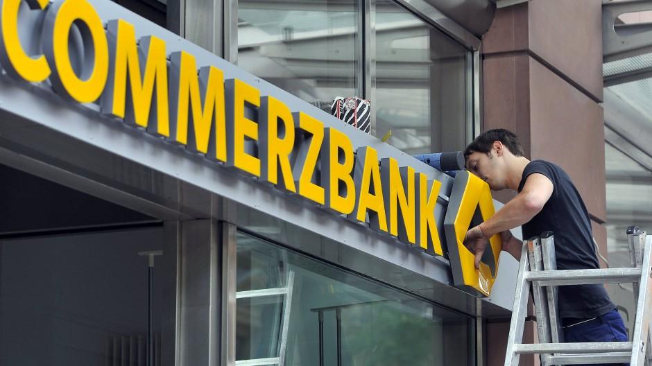 Nicht mehr gebraucht: Viele Commerzbank-Filialen werden dauerhaft schließen.