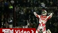Motocross-Stunts in gigantischer Stierkampf-Arena