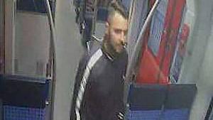 Mann in Bahnhof ins Koma geprügelt